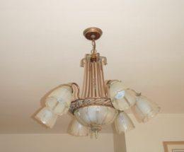 Antique dining room chandelier